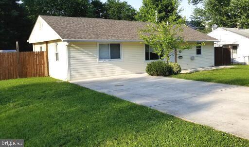 3904 Elmwood Drive, ALEXANDRIA, VA 22303 (#VAFX1063844) :: Circadian Realty Group