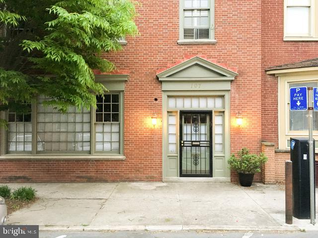 107 S Centre Street, CUMBERLAND, MD 21502 (#MDAL131718) :: ExecuHome Realty