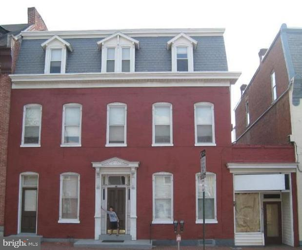 51 E Franklin Street, HAGERSTOWN, MD 21740 (#MDWA165066) :: Keller Williams Pat Hiban Real Estate Group