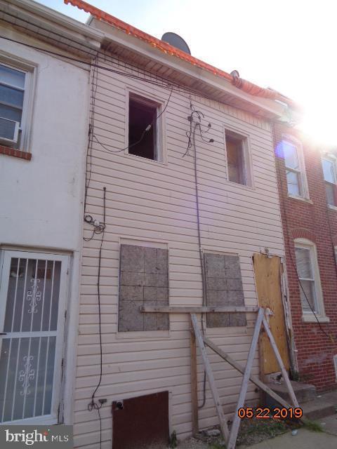 1028 Pleasant Street, WILMINGTON, DE 19805 (#DENC479062) :: ExecuHome Realty