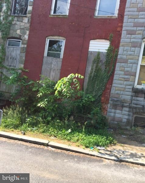 1825 Vine Street, BALTIMORE, MD 21223 (#MDBA470108) :: ExecuHome Realty