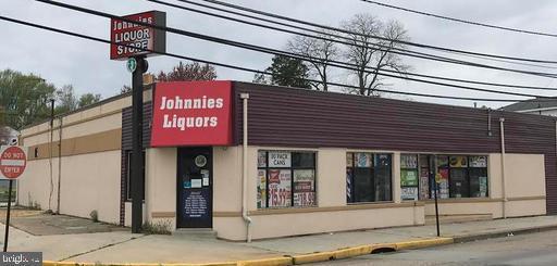 834 W Browning Road, BELLMAWR, NJ 08031 (MLS #NJCD366640) :: The Dekanski Home Selling Team