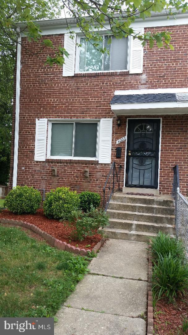 4005 Murdock Street, TEMPLE HILLS, MD 20748 (#MDPG529892) :: The Daniel Register Group