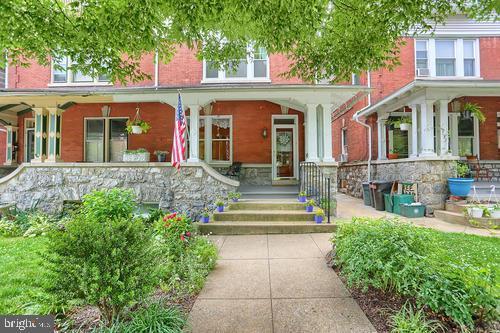 134 E Clay Street, LANCASTER, PA 17602 (#PALA133382) :: Flinchbaugh & Associates