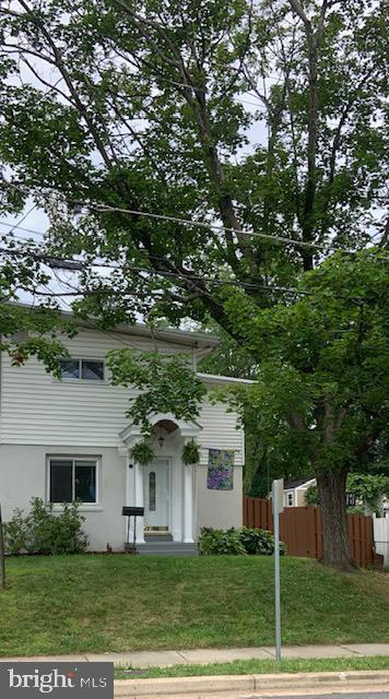 10615 Maple Street, FAIRFAX, VA 22030 (#VAFC118168) :: The Greg Wells Team