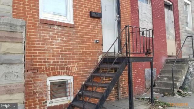 118 S Monroe Street, BALTIMORE, MD 21223 (#MDBA470738) :: Radiant Home Group