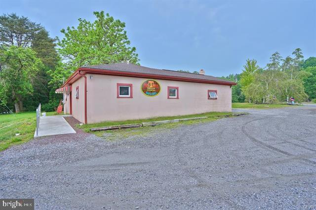 717 Hilltop Rd, MARY D, PA 17952 (#PASK126098) :: Ramus Realty Group