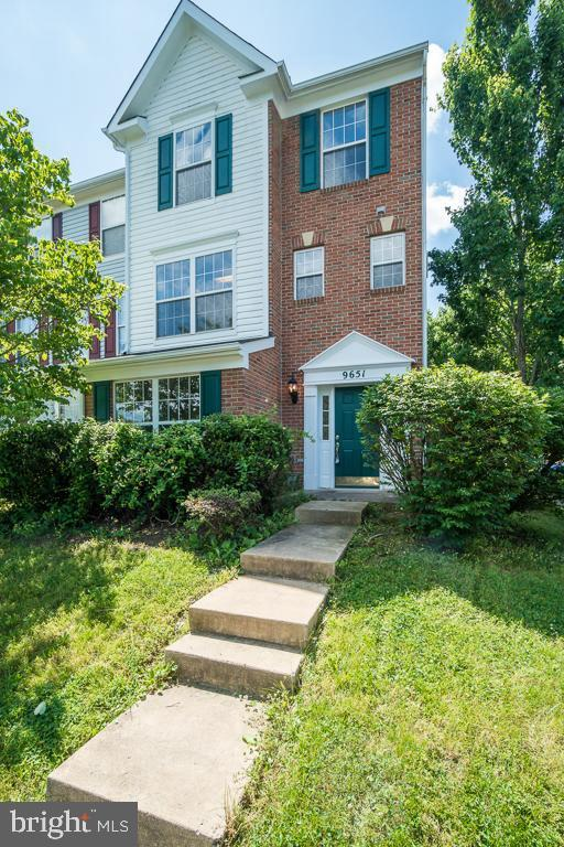 9651 Bedder Stone Place, BRISTOW, VA 20136 (#VAPW469634) :: Great Falls Great Homes