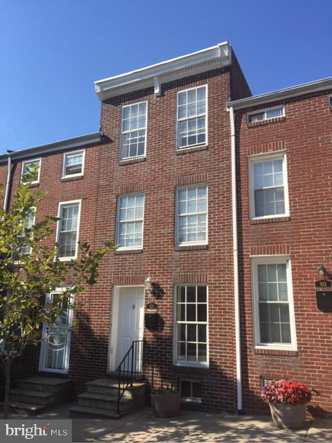 920 N Eden Street, BALTIMORE, MD 21205 (#MDBA471422) :: The Miller Team