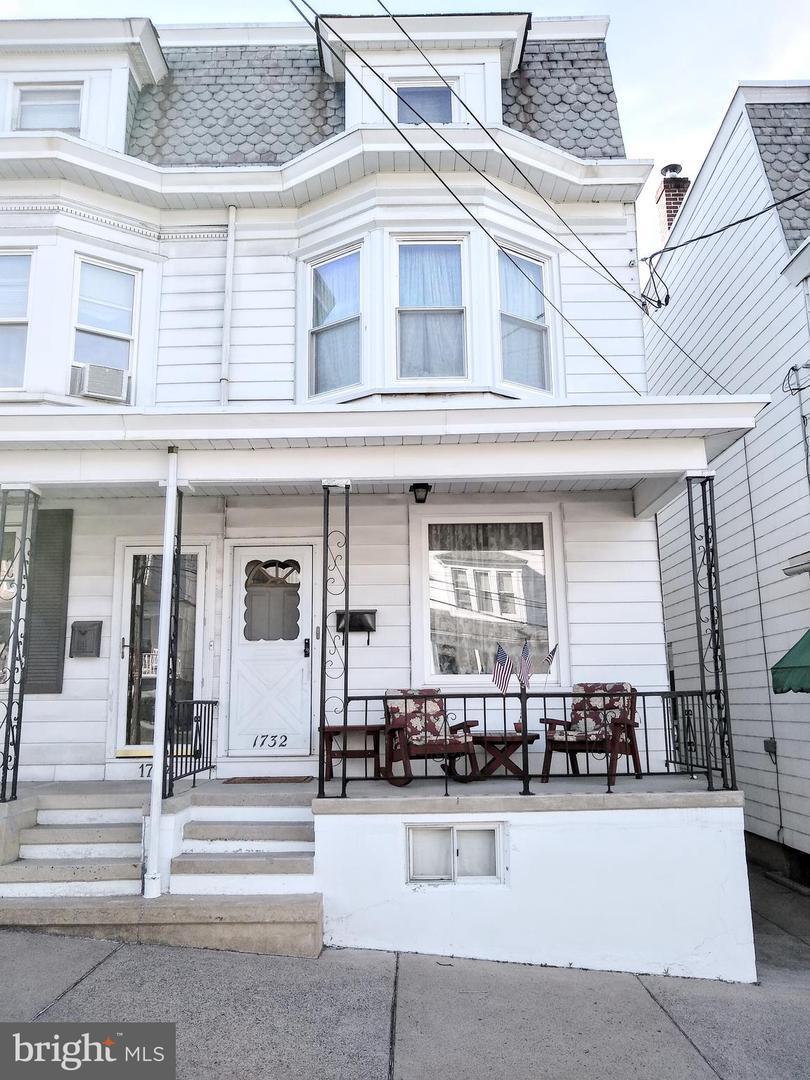 1732 West End Avenue - Photo 1