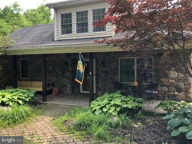 951 Wardensville Grade, WINCHESTER, VA 22602 (#VAFV151242) :: Bruce & Tanya and Associates