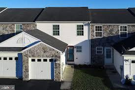 3012 Orchard Drive, CHAMBERSBURG, PA 17201 (#PAFL166272) :: Flinchbaugh & Associates