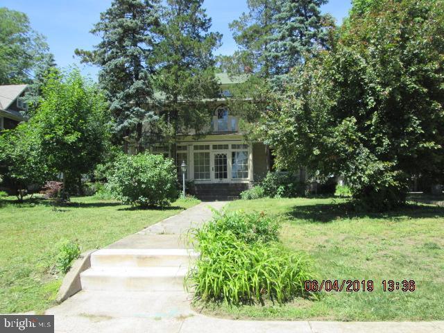6531 Maple Avenue, PENNSAUKEN, NJ 08109 (MLS #NJCD368358) :: The Dekanski Home Selling Team