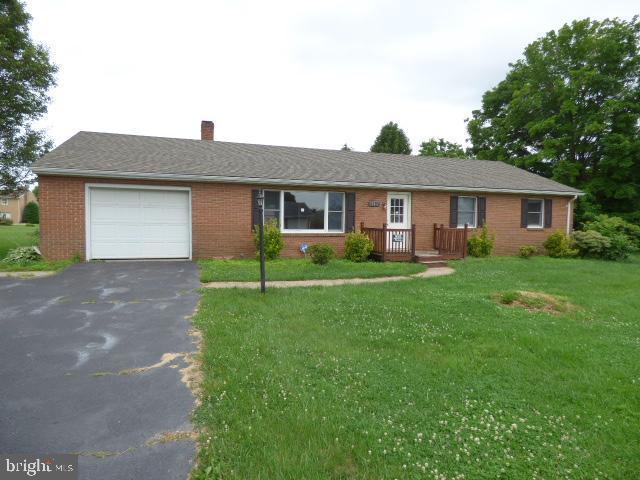 17817 Garden Spot Drive, HAGERSTOWN, MD 21740 (#MDWA165562) :: Jennifer Mack Properties