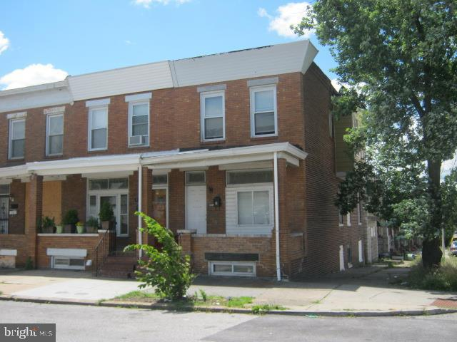3201 E Monument Street, BALTIMORE, MD 21205 (#MDBA472718) :: Homes to Heart Group