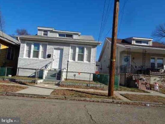 1862 42ND Street, PENNSAUKEN, NJ 08110 (#NJCD368592) :: REMAX Horizons