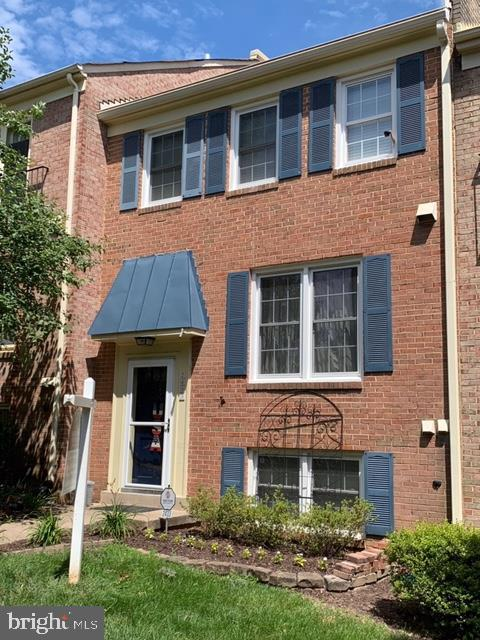 2433 Windbreak Drive, ALEXANDRIA, VA 22306 (#VAFX1071098) :: Browning Homes Group