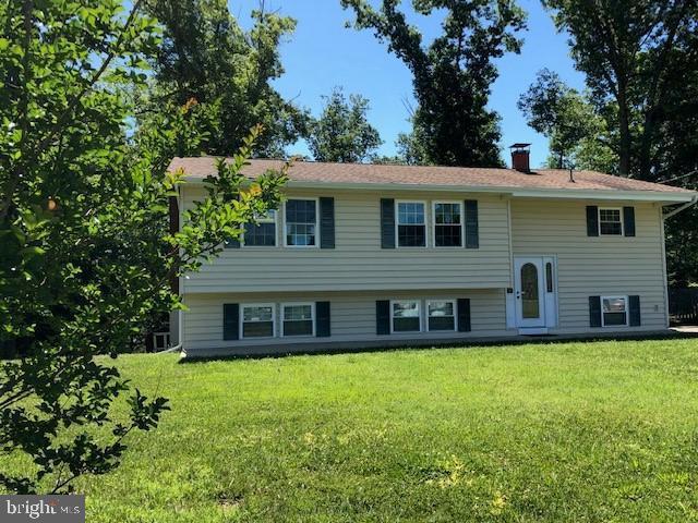 23076 Town Creek Drive, LEXINGTON PARK, MD 20653 (#MDSM162922) :: Bob Lucido Team of Keller Williams Integrity