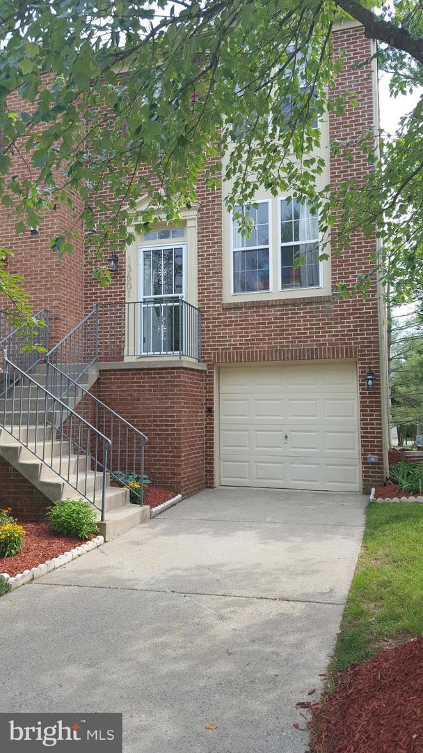 13601 Hayworth Drive, POTOMAC, MD 20854 (#MDMC665272) :: Arlington Realty, Inc.