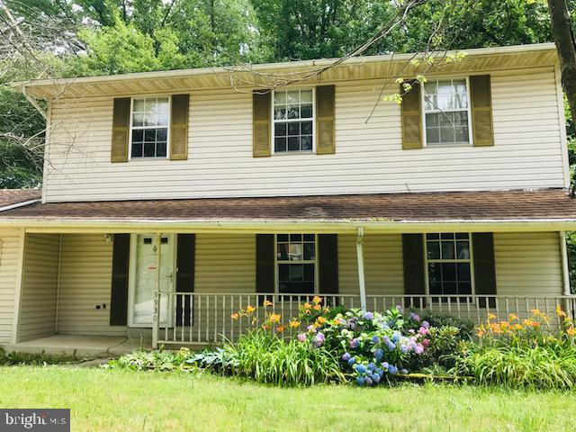 9930 Lyndia Place, UPPER MARLBORO, MD 20772 (#MDPG533074) :: The Maryland Group of Long & Foster