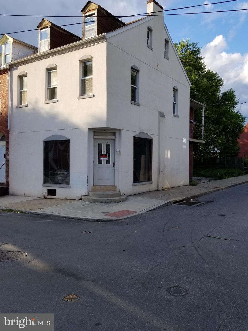 445 Strawberry Street - Photo 1