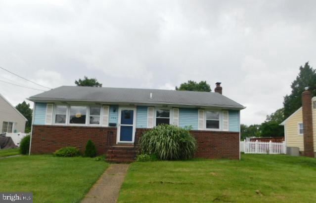 750 Devenney Drive, BELLMAWR, NJ 08031 (#NJCD369484) :: Colgan Real Estate