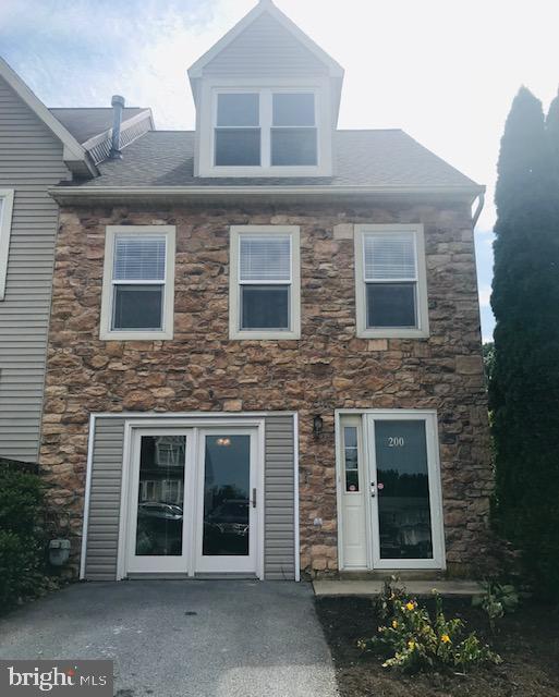200 Acorn Lane, MOUNTVILLE, PA 17554 (#PALA135456) :: The Craig Hartranft Team, Berkshire Hathaway Homesale Realty