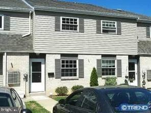 325 S Warminster Road A5, HATBORO, PA 19040 (#PAMC615554) :: The John Kriza Team