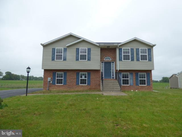 15339 Camden Drive, GREENCASTLE, PA 17225 (#PAFL166648) :: Charis Realty Group