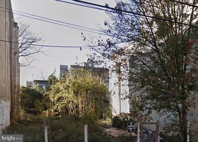 1836 22ND Street - Photo 1