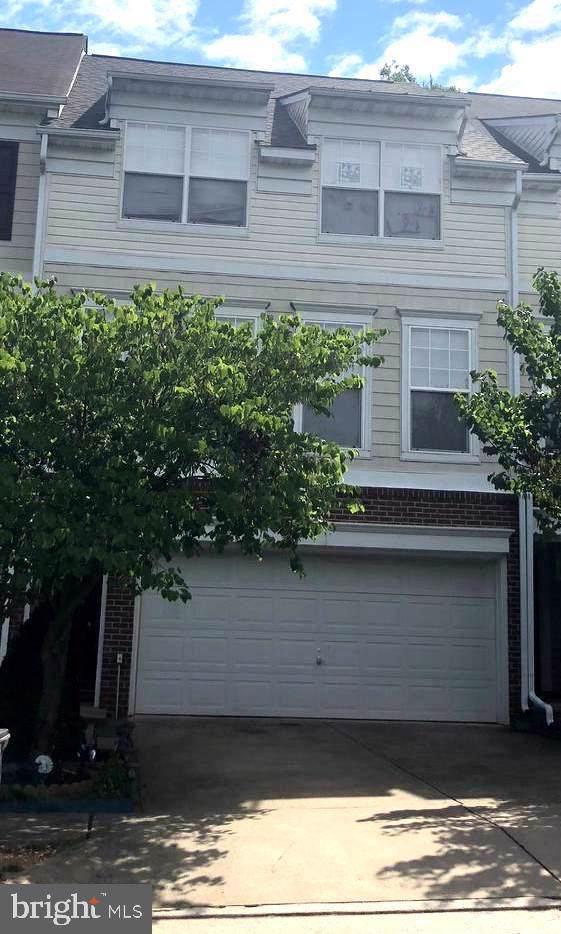 8175 Glade Bank Drive, MANASSAS, VA 20111 (#VAPW472532) :: The Licata Group/Keller Williams Realty