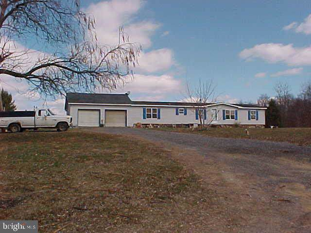 400 E Spring Valley Road, DILLSBURG, PA 17019 (#PAYK120726) :: The Heather Neidlinger Team With Berkshire Hathaway HomeServices Homesale Realty