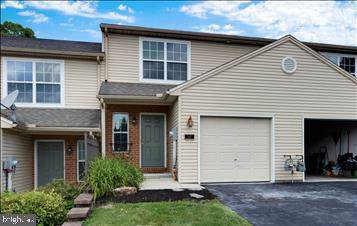 517 Dakemich Court, ENOLA, PA 17025 (#PACB115344) :: The Heather Neidlinger Team With Berkshire Hathaway HomeServices Homesale Realty