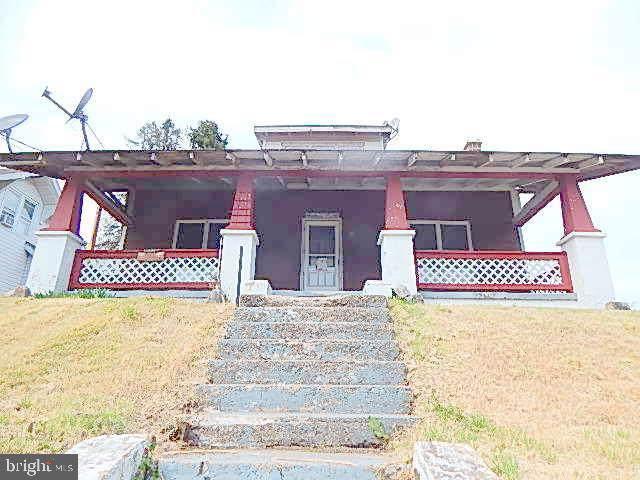 10 School Road, SPRING GLEN, PA 17978 (#PASK126864) :: Ramus Realty Group
