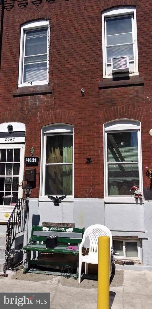 2067 E Stella Street, PHILADELPHIA, PA 19134 (#PAPH816622) :: Remax Preferred | Scott Kompa Group