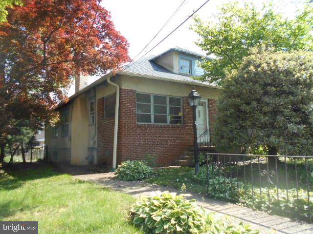 505 S Elmwood Avenue, GLENOLDEN, PA 19036 (#PADE496836) :: Keller Williams Realty - Matt Fetick Team