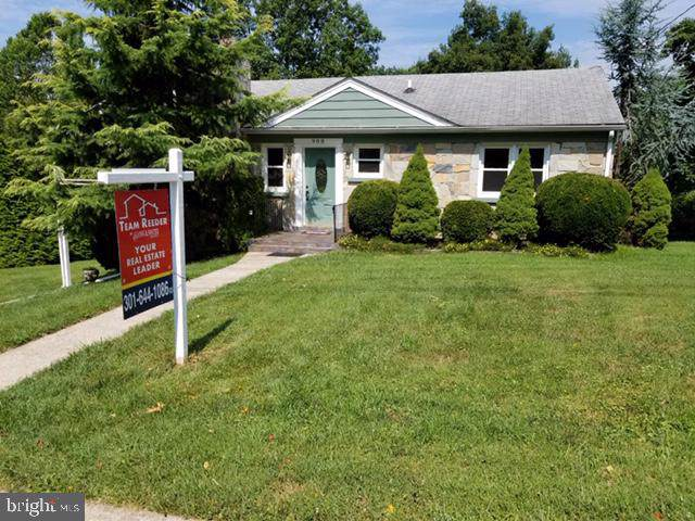 908 S Warfield Drive, MOUNT AIRY, MD 21771 (#MDFR250698) :: Gail Nyman Group