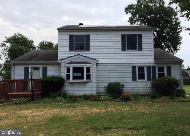 899 Central Avenue, SOUTHAMPTON, PA 18966 (#PABU475642) :: Linda Dale Real Estate Experts