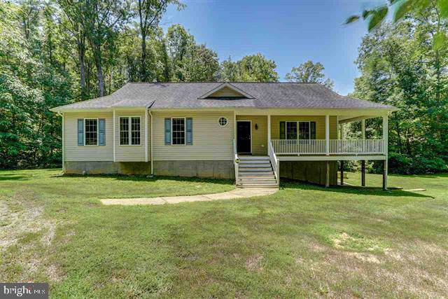 14 Oak Road, BUMPASS, VA 23024 (#VALA119630) :: RE/MAX Cornerstone Realty