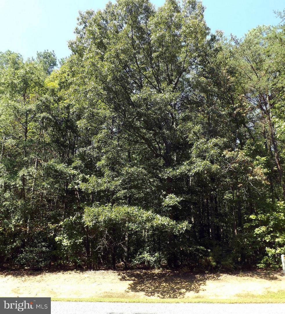 117 Spruce Drive - Photo 1