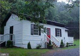 3692 Cherry Hill Road, LINDEN, VA 22642 (#VAFQ161736) :: Arlington Realty, Inc.