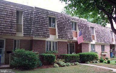 19003 Capehart Drive, GAITHERSBURG, MD 20879 (#MDMC673122) :: Kathy Stone Team of Keller Williams Legacy