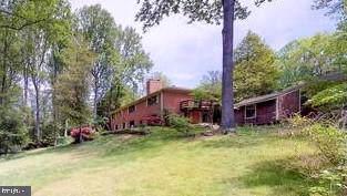 10912 Watermill Court, OAKTON, VA 22124 (#VAFX1082132) :: Bic DeCaro & Associates