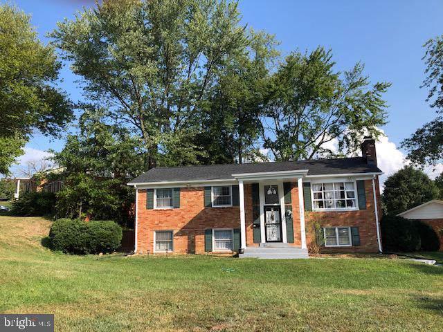 2244 W Longview Drive, WOODBRIDGE, VA 22191 (#VAPW476038) :: The Licata Group/Keller Williams Realty