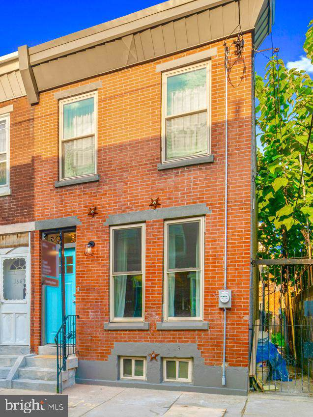 1645 S Hicks Street, PHILADELPHIA, PA 19145 (#PAPH823060) :: Kathy Stone Team of Keller Williams Legacy
