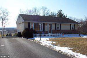 242 Buttonwood Drive, ELIZABETHTOWN, PA 17022 (#PALA138032) :: John Smith Real Estate Group