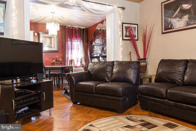 578 E Carver Street, PHILADELPHIA, PA 19120 (#PAPH823398) :: ExecuHome Realty