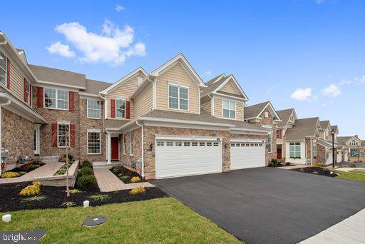 282 Hopewell Drive, COLLEGEVILLE, PA 19426 (#PAMC621274) :: ExecuHome Realty