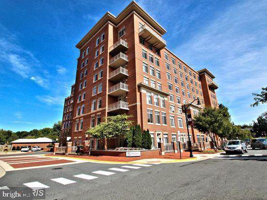 4480 Market Commons Drive #214, FAIRFAX, VA 22033 (#VAFX1084236) :: The Vashist Group