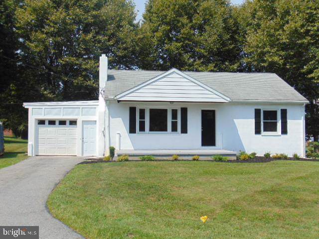 142 Rose Drive, LANCASTER, PA 17602 (#PALA138620) :: Liz Hamberger Real Estate Team of KW Keystone Realty
